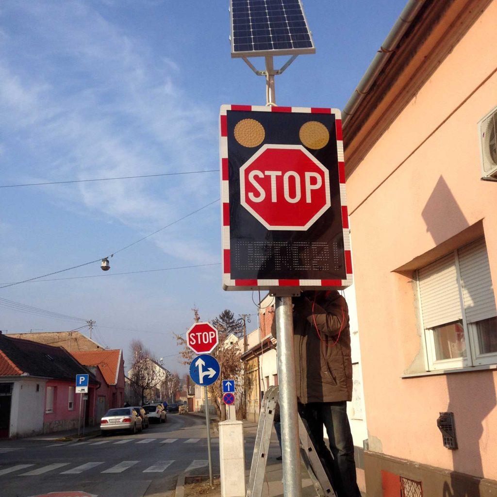 Sphere svjetlosni prometni znak postavljen u Osijeku!
